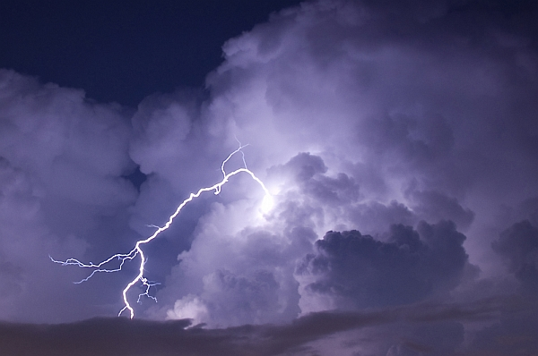 Thunderhead with lightning (photo by jcpjr from Shutterstock)