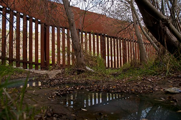 Border Fence at Canon de los Sauces, 2012 (photo by Jill Marie Holslin)
