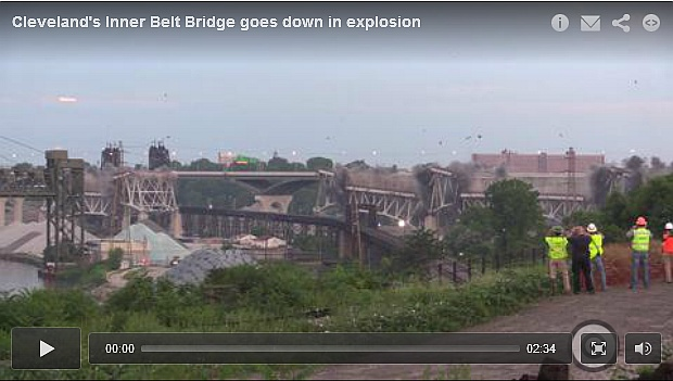 I-90 Inner Loop Bridge demolished in Cleveland, Ohio, 12 July 2014 (screenshot from cleveland.com video)